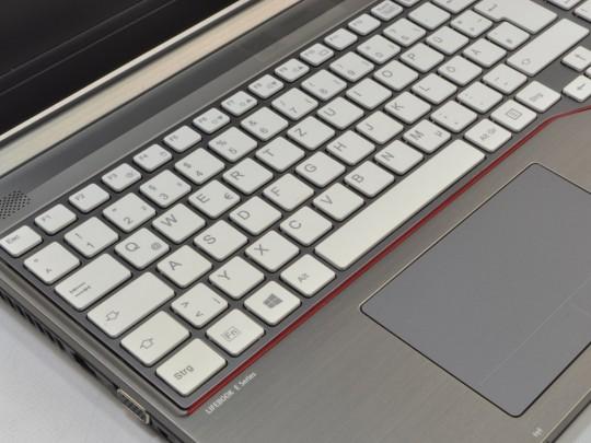 "Fujitsu LifeBook E754 használt laptop, Intel Core i3-4100M, HD 4600, 8GB DDR3 RAM, 256GB SSD, 15,6"" (39,6 cm), 1920 x 1080 (Full HD) - 1523318 #5"