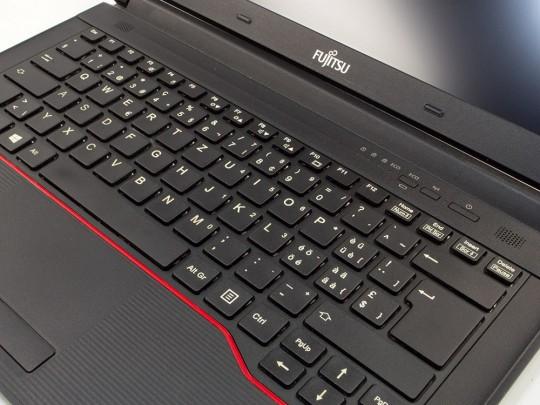 "Fujitsu LifeBook E546 használt laptop, Intel Core i5-6300U, HD 520, 8GB DDR4 RAM, 128GB SSD, 14"" (35,5 cm), 1366 x 768 - 1524344 #5"