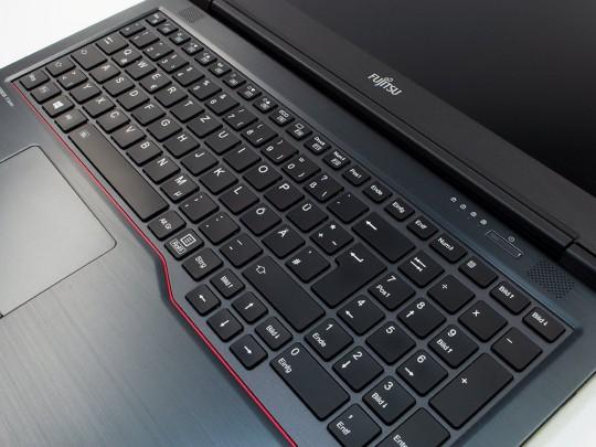 "Fujitsu LifeBook U758 használt laptop, Intel Core i5-8350U, HD 620, 8GB DDR4 RAM, 256GB SSD, 15,6"" (39,6 cm), 1920 x 1080 (Full HD) - 1524358 #2"