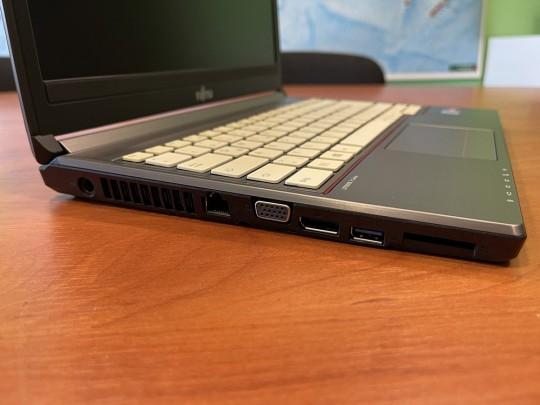 "Fujitsu LifeBook E736 használt laptop, Intel Core i5-6300U, HD 520, 4GB DDR4 RAM, 500GB HDD, 13,3"" (33,8 cm), 1366 x 768 - 1525896 #4"