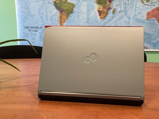 "Fujitsu LifeBook E736 használt laptop, Intel Core i5-6300U, HD 520, 4GB DDR4 RAM, 500GB HDD, 13,3"" (33,8 cm), 1366 x 768 - 1525896 #5"