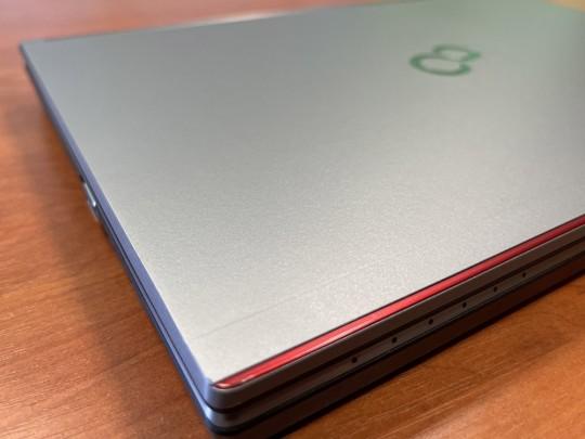 "Fujitsu LifeBook E736 használt laptop, Intel Core i5-6300U, HD 520, 4GB DDR4 RAM, 500GB HDD, 13,3"" (33,8 cm), 1366 x 768 - 1525896 #7"